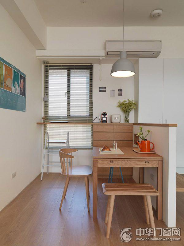 简约现代风格公寓浅绿色实木房间门装修效果图