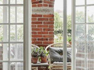 木质阳台玻璃木门图片大全 欧式白色防盗玻璃木门图片