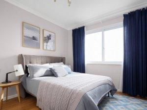 北欧式铝合金门窗图片 卧室平开白色铝合金门窗图片