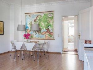 小户型卧室木门图片大全 白色实木门图片