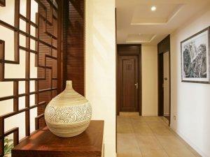 新中式卧室门装修效果图 原木木门图片大全