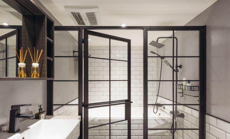 卫浴型铝合金门窗图片 美式铝合金门图片大全