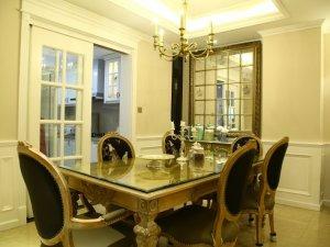 白色普通室内铝合金门图片 双开铝包木门窗图片