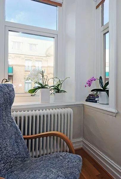 銀色平開家用鋁合金門窗圖片 鄰居都說好看