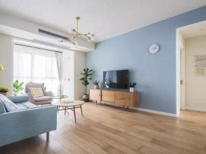 北欧风卧室木门效果图 温馨白色复合门图片